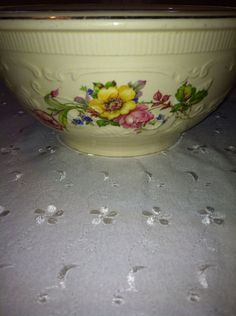 Vintage 1950s Homer Laughlin Large Mixing Bowl Made in the USA