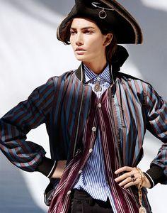 Lily Aldridge | Harper's Bazaar Singapura Novembro 2016 | Editoriais - Revistas de Moda