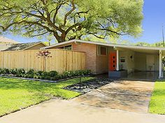 4049 Nenana Dr, Houston, TX 77025