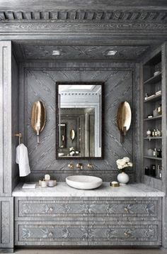 Find the best ideas and inspiration for luxury bathroom interior design and decoration at Maison Valentina. And while you're at it, find the most exquisite bathroom furniture, such as washbasins, there as well! Glamorous Bathroom, Beautiful Bathrooms, Luxury Bathrooms, City Bathrooms, Dream Bathrooms, Bathroom Inspiration, Interior Inspiration, Design Inspiration, Design Ideas