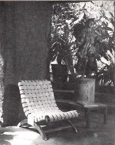 Casa de campo en Cuernavaca, Morelos, México. 1956    Arq. Mario Pani    Muebles a medida diseñados por Clara Porset -    Weekend House in Cuernavaca, Morelos, Mexico. 1956    Custom furniture designed by Clara Porset