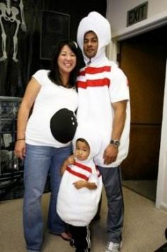 halloween costume contest returns - Pregnant Halloween Couples Costumes