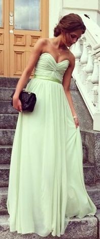 Mint gown - so pretty for prom or wedding