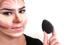 How to use a beauty blender for contouring