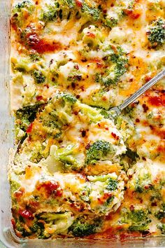 Broccoli Cheese Casserole - A creamy and savory Broccoli Cheese Casserole prepared with fresh broccoli and a seasoned cheddar and cream cheese sauce. This is a Low Carb, Keto-Friendly dish that's ALWAYS a crowd favorite! Carb Broccoli and Cheese sauce Broccoli Cheese Casserole Easy, Broccoli And Cheese, Casserole Recipes, Broccoli Cassarole, Broccoli Dishes, Broccoli Recipes, Vegetable Dishes, Vegetarian Recipes, Side Dishes