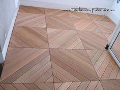 Dachterrasse mit Holzfliesen belegt, aus Bangkirai Holz, Tile Floor, Flooring, Texture, Crafts, Rooftop Terrace, Carpentry, Surface Finish, Manualidades, Tile Flooring