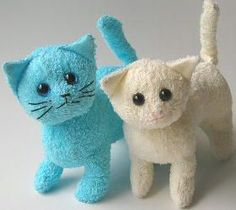 Terry cloth cat softie. Free printable pattern.
