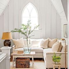 Charming Mountain Cottage: Loft