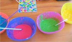 Ingredientes    1 colher de sopa de farinha com fermento  Algumas gotas de corante alimentício  1 colher de sopa de sal  Em seguida, adic...