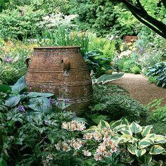 Garten Terrasse Wohnideen Möbel Dekoration Decoration Living Idea Interiors home garden - rustikale Urne