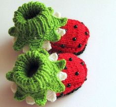 Adorable Strawberry Booties By Mia Piccina #diy