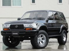 Toyota Hilux, Toyota Lc, Toyota Trucks, Lifted Ford Trucks, Jeep Truck, Land Cruiser Fj80, Toyota Land Cruiser 100, Daihatsu, Toyota Sequioa