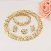 Wish | Fashion Jewelry Set Women 18k Gold Plated Crystal Necklace Bracelet Earrings Gift Set (Color: Gold)