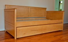 How Long Is A Twin Xl Bed-daybed-maple