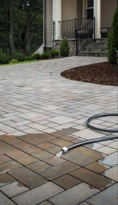 42 reference of Patio Stone patio paving Patio Stone patio paving- Pleas Modern Landscaping, Front Yard Landscaping, Landscaping Design, Permeable Driveway, Driveways, Gravel Driveway, Circular Driveway, Walkway, Garden Pavers