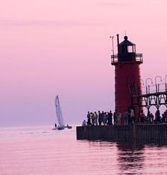 Sun, sand and sparkling water attract families to Lake Michigan's southwest shore towns between New Buffalo and Benton Harbor. Affordable weekend getaways await. Trip details: http://www.midwestliving.com/travel/michigan/two-day-getaway-on-lake-michigans-shore/