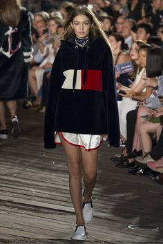 Gigi Hadid for Tommy Hilfiger fall/winter 2016 collection - New York fashion…