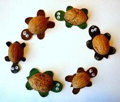 Snail, hedgehog and millipede from leaves - nature crafts - my grandchildren and . - Fall Crafts For Kids Cheap Fall Crafts For Kids, Easy Fall Crafts, Diy For Kids, Frog Crafts, Preschool Crafts, Kids Crafts, Koala Craft, Cow Craft, Sea Animal Crafts