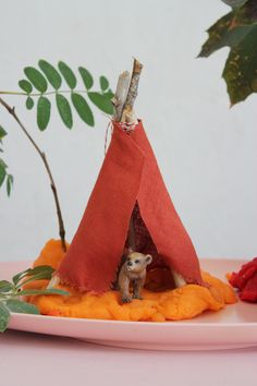 Mer Mag: Making an Animal Habitat with Play-dough, Leaves and Twigs