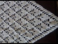 CROCHET: How to crochet a flat circle - Crochet Aphgans Zig Zag Crochet, Gilet Crochet, Crochet Stitches, Crochet Hooks, Afghan Crochet, Crochet Prayer Shawls, Crochet Shawls And Wraps, Crochet Patterns For Beginners, Knitting Patterns