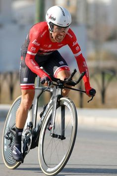 Alberto Contador said he had to slow for dogs in the road during the Ruta time trial. (Bettini Photo)