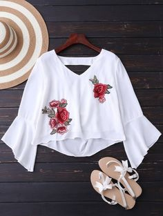 SHARE & Get it FREE | Embroidered Rose Flare Sleeve Low Back Blouse - WhiteFor Fashion Lovers only:80,000+ Items • New Arrivals Daily Join Zaful: Get YOUR $50 NOW!