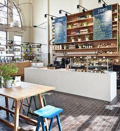 El espacio Story, situado en el Old Market Hall de Helsinki, ha sido transformado por la arquitecta Joanna Laajisto creando un restaurante estético y funcional con inspiraciones marítimas.