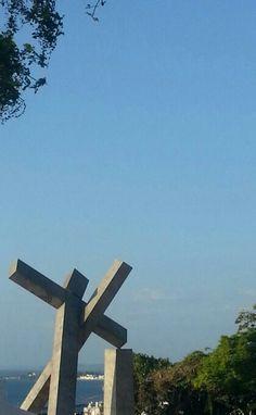Cruz caída