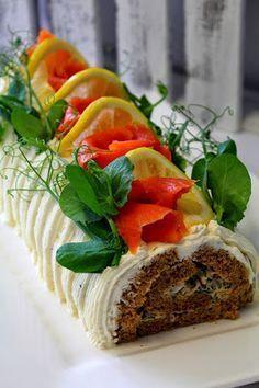 Nostetaanpas taas esille tämä ihana, pikaisesti valmistuva kääretorttu lohesta . Tämä sopii niin kahvipöytään muuten vaan tarjolle ja va... Cake Sandwich, Sandwiches, Savoury Baking, Savoury Cake, Finnish Recipes, Food Tasting, Savory Snacks, Fish Dishes, Salty Cake