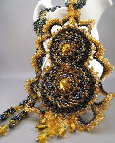 Halskette Bernstein Sonnenuntergang Perlenstickerei von BeadFizz