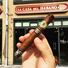 Finishing off our #bigsmoke Weekender back where it began. #amsterdam - it's been emotional . . #botl #cigaroftheday #cubancigars #cigar #whiskywingman #howiroll #instalife #showpony #justwingit #doyouevendrambro #cigartime #cigarsmoker #nowsmoking #cigarstyle #cigarsocial #cigarworld #cigarporn #cigaraficionado #cigars #scottishcigarsmoker #tartancigarmilitia #cigarstocelebrate #habanos #cigarworld #cigarphotography #nowsmoking #cigarlover