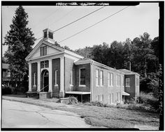 1.  OBLIQUE/EXTERIOR VIEW, FRONT AND SIDE FACADES - Old Methodist Church, Walker County Road 81, Dora, Walker County, AL
