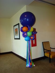 36 inch with ribbons Balloon Topiary, Balloon Hat, Balloon Words, Balloon Centerpieces, Balloon Columns, Balloon Decorations, Balloon Ideas, 36 Inch Balloons, Large Balloons