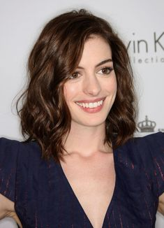 Anne Hathaway Photos Photos - 15th Annual Women In Hollywood Tribute - Arrivals - Zimbio