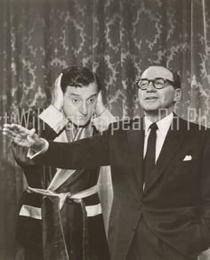 Jack Benny and Danny Thomas Danny Thomas, Marlo Thomas, Golden Age Of Hollywood, Vintage Hollywood, Jack Benny, Great Comedies, What Next, Jokers, Celebs
