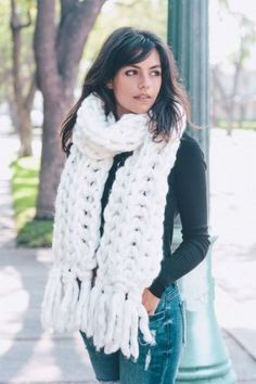 TS-Handmade-White-Heavy-Chunky-Sweater-Yarn-Super-Soft-Cable-Knit-Scarf