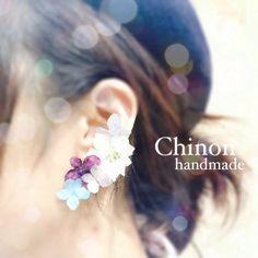 handmade accessory お花畑みたいなイヤーカフ片耳だけのアクセサリーになります。ピアスの穴がない方にも楽しんで頂けます。金具はイヤリングの金具...|ハンドメイド、手作り、手仕事品の通販・販売・購入ならCreema。