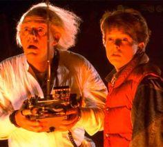De Volta para o Futuro, lançado em 1985, conta a história de um jovem que acaba voltando, acidentalm... - Divulgação