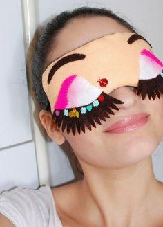 Máscara de dormir, feitas com muito estilo, de tecido e feltro