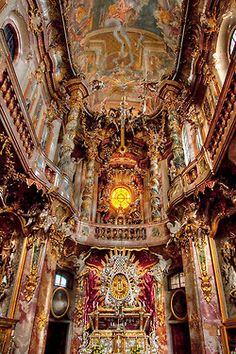 Baroque architecture inside Asamkirche in Munich, Germany (by Tobi LG).
