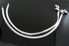 Buy silver anklets for girls and women.North Indian and south Indian Design Bridal Anklets (Body Jewelry Ankle chains). Ankle bracelets for women Belly Dance Anklets with bells, Slim Trendy charm anklets Silver Anklets Designs, Anklet Designs, Silver Bangles, Sterling Silver Necklaces, Wedding Ring Sets Unique, Cheap Silver Rings, Necklace For Girlfriend, Cool Necklaces, Ankle Bracelets