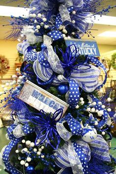 UK Kentucky Wildcats Christmas tree Just might be my theme this year!!