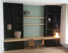 Very nice enclosure, with a combination of storage and decoration cabinet made madecabinet New Living Room, Home And Living, Diy Interior, Interior Design, Casa Kids, Home Daycare, Piece A Vivre, Living Styles, Love Home