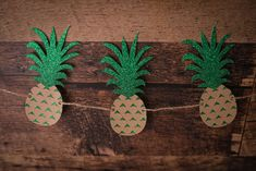 Glitter Pineapples Garland {COLOURS CUSTOMIZABLE} - Luau, Birthday Party, Baby Shower, Outdoor Party, Party Decor, Twotti Fruity by CutPartySupplies on Etsy Luau Birthday, Birthday Parties, Paper Garlands, Party Party, Twine, Card Stock, Pineapple, Glitter, Baby Shower