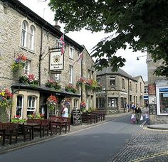 Devonshire, Grassington, Yorkshire Dales- a great traditional pub and good food #eatyorkshire #dogfriendly