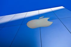Self-Driving Apple Car To Come With Latest Head-Up Display Technology? - http://www.morningnewsusa.com/self-driving-apple-car-to-come-with-latest-head-up-display-technology-2332661.html