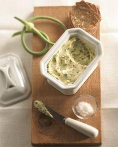 Beurre aux fleurs d'ail et de sel