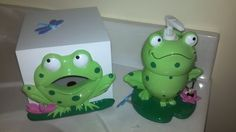 Frog bathroom set w never used accessories