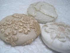 Ivory/gold 3 fabric covered buttons 1.5 inch ♡ by EmbellishedLife2