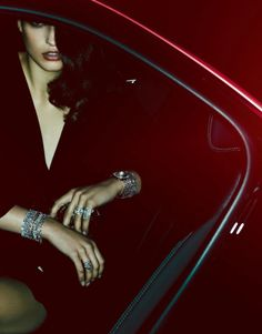 Julia Van Os by Ben Hassett for Vogue Paris December/January Styled by Claire Dhelens. Hair by Christian Eberhard. Make-up by Georgina Graham. Jewelry Editorial, Editorial Fashion, Car Editorial, Paris December, January 2016, David Sims, Sexy Girl, Car Girls, Fashion Shoot